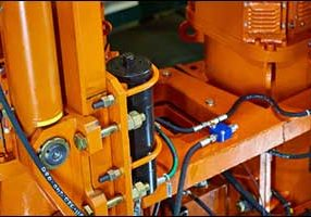 High-Pressure Hydraulic Hose Safety for Industry